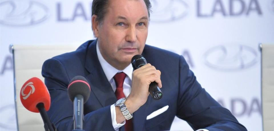 Как проводит день президент АвтоВАЗ