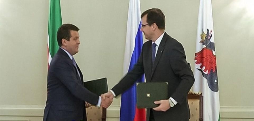 Казань получила LADA 4×4 URBAN и Vesta