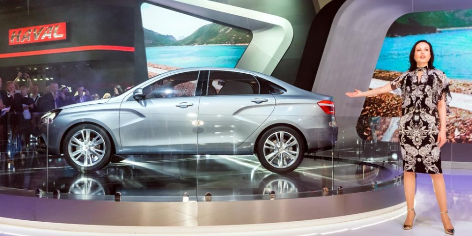 LADA Vesta занимает шестое место в десятке самых продаваемых автомобилей РФ