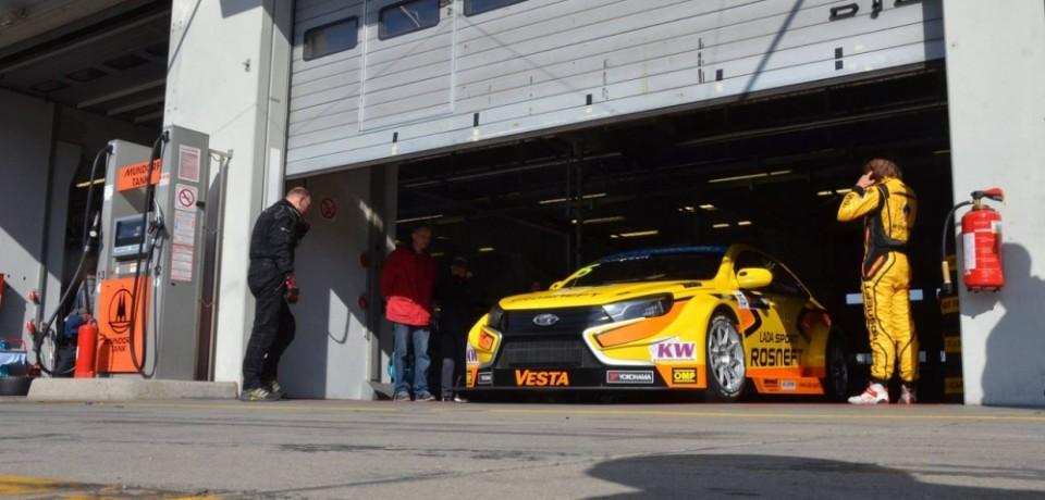 Болиды LADA Sport Rosneft будут тестироваться на португальской трассе
