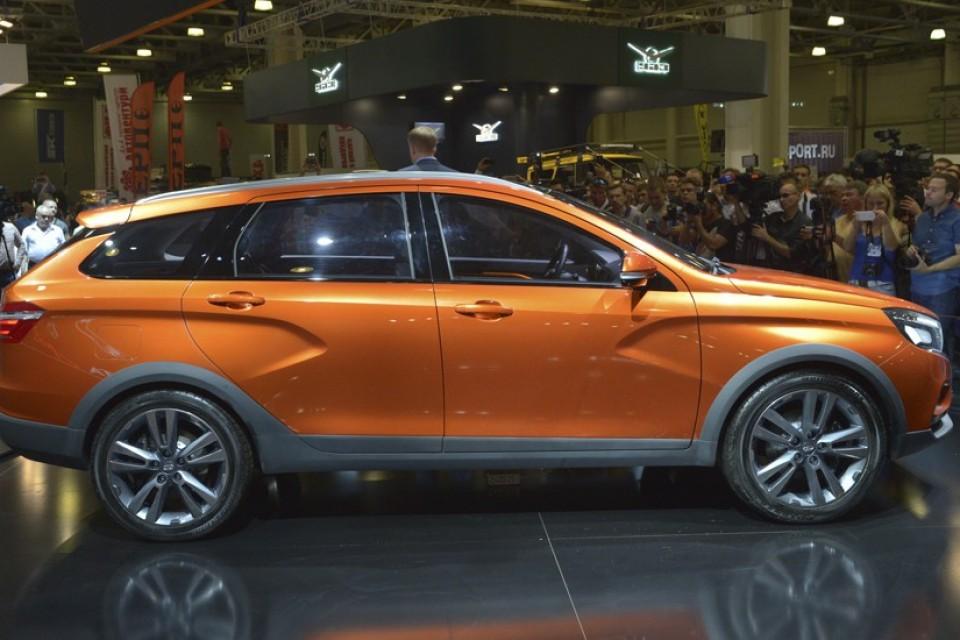 Иж-Авто начал выпуск деталей для LADA Vesta Cross