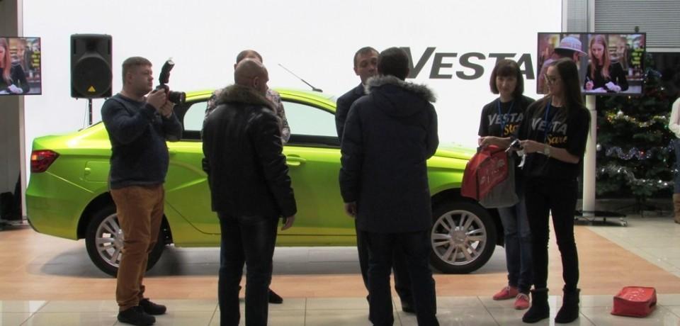 Счастливчики смогут самостоятельно протестировать первые LADA Vesta