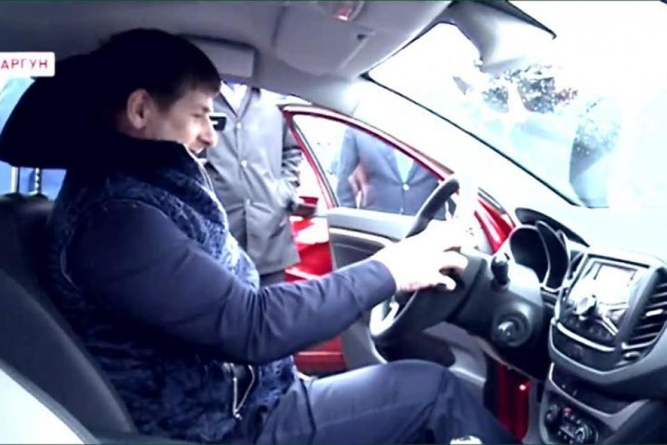 Тестирование автомобиля Lada Vesta главой Чечни