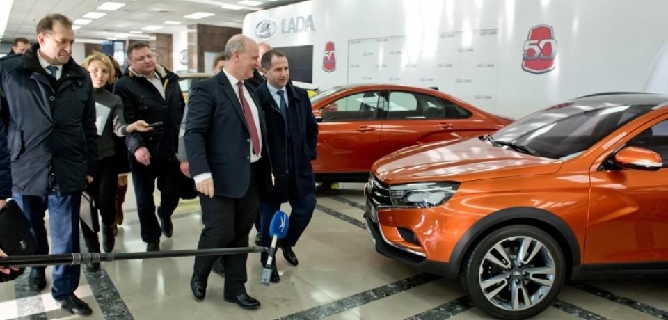 Представителю Президента РФ в ПФО представлены Концепты LADA