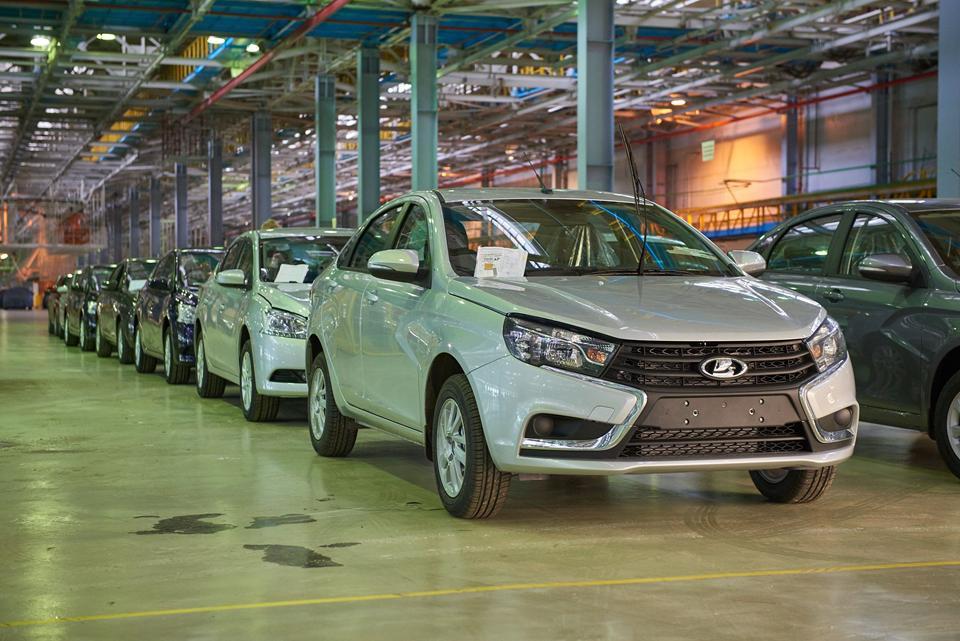 АвтоВАЗ может захватить пятую часть автомобильного рынка РФ